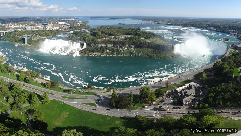 CANADA, EST: MERAVIGLIE DELLA NATURA - FLY & DRIVE